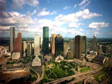 www hou houston skyline during the day picture of houston