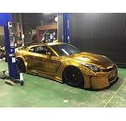 Kuhl Racing Nissan GT R With Engraved Gold Metal Paint
