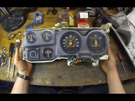 how to c10 cluster circuit board replacement chevy