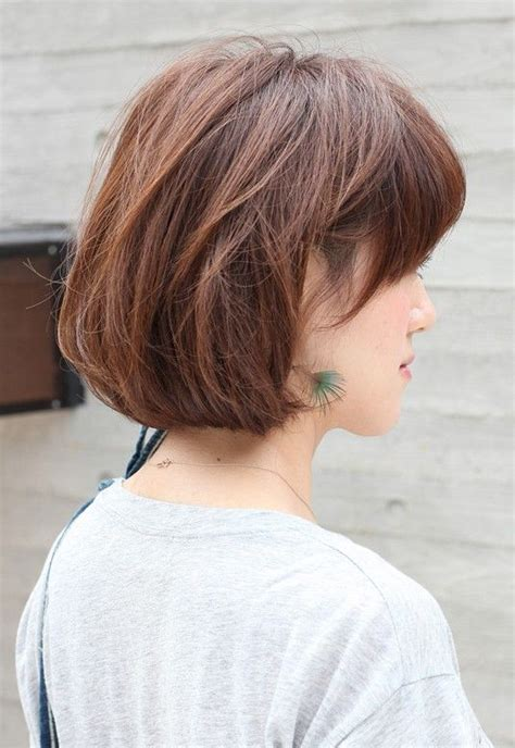 how to do a wedge haircut on yourself side view of short messy bob hairstyle messy bob