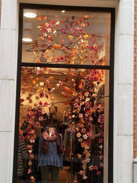 Fenster Bemalen Herbst by Best 20 Autumn Window Displays Ideas On Shop