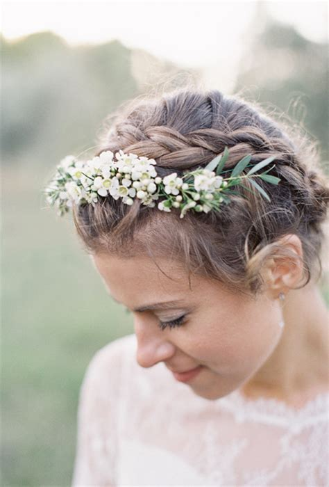 wedding hairstyles with braids and flowers wedding hairstyles with braids and flowers www imgkid