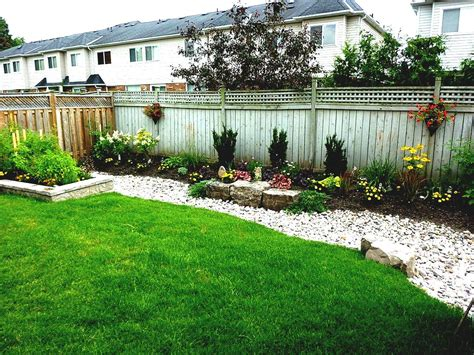 Relieving Front Yard Amys Office Along With Stones Design by Office Landscaping Ideas Various Outstanding And Simple