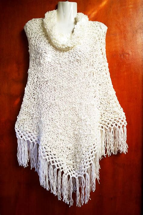 ponchos tejidos a dos agujas 23 best images about ponchos dos agujas on pinterest
