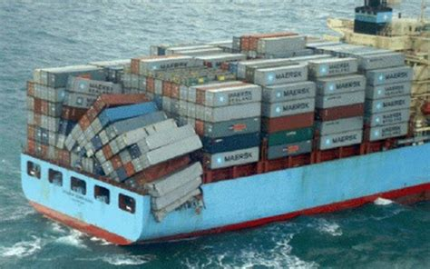 Mba Maersk International Shipping Education by Maersk Ship Loses Dozens Of Containers N C Coast