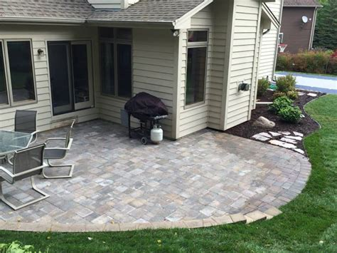 Patio Exles by Cn R Lawn N Landscape Landscaping Services