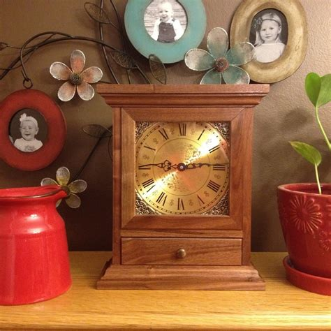 great finish   mantle  wall clock