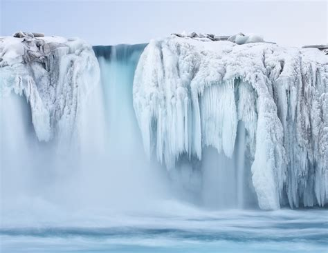 frozen waterfalls magnificent frozen waterfalls around the world my modern met