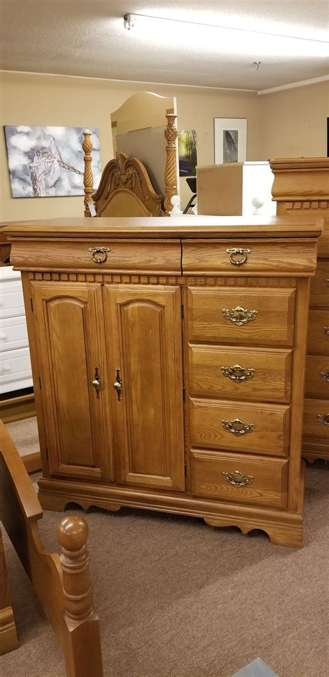 bassett oak bedroom set delmarva furniture consignment