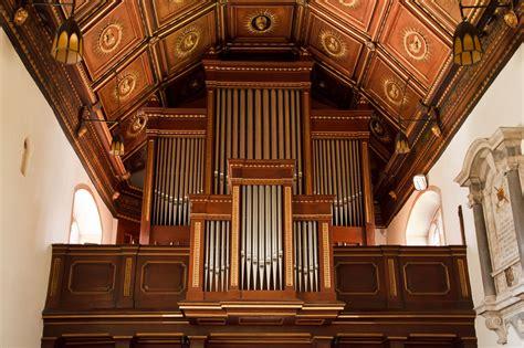 File Pipe Organ At Kirksville Christian Church Jpg A Pipe Organ Or Kumbayah