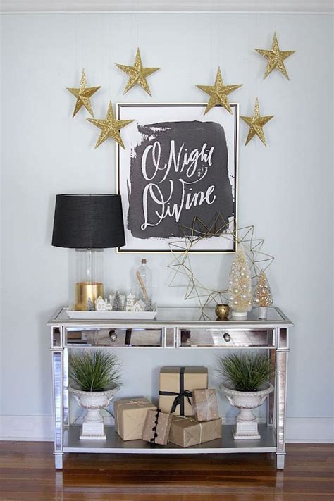 decorating for christmas with gold blue and gray 20 chic decorating ideas with a black gold and white color scheme