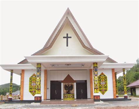 berkas gereja santo montfort badau jpg bahasa indonesia ensiklopedia bebas