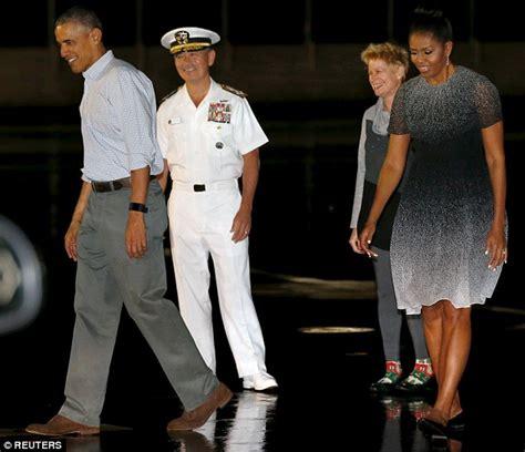 all hawaii news obama hawaii vacation home illegal barack obama starts off his hawaiian vacation with golf