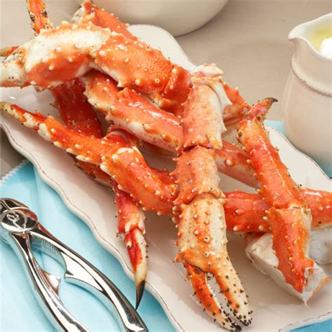 l o v e king crab legs with butter sauce