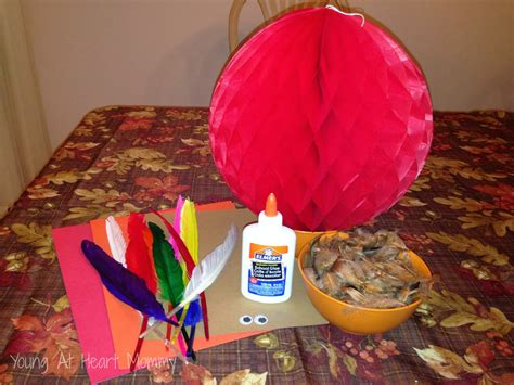 paper honeycomb thanksgiving turkey craft at