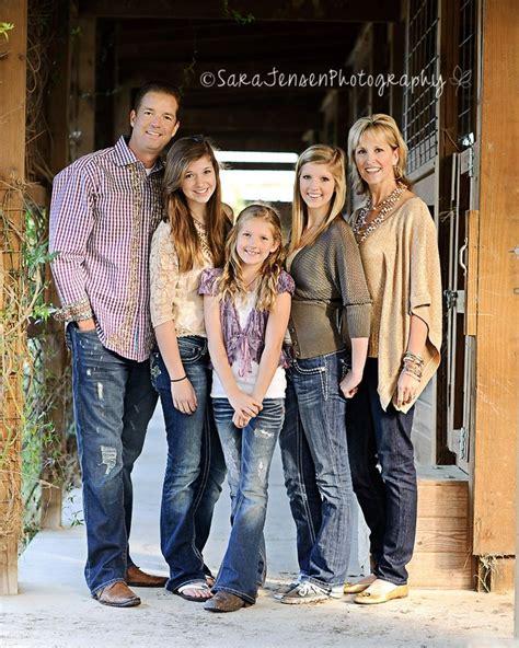 family of 5 photo ideas family kids baby family photo pinterest