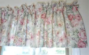 vintage shabby cabbage roses cottage chic ruffled curtains