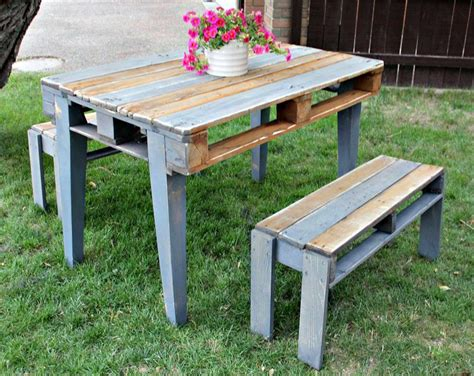 Diy Pallet Patio Table With Benches Pallet Furniture Pallet Patio Table