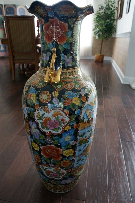 Large Oriental Palace Vase Collectors Weekly