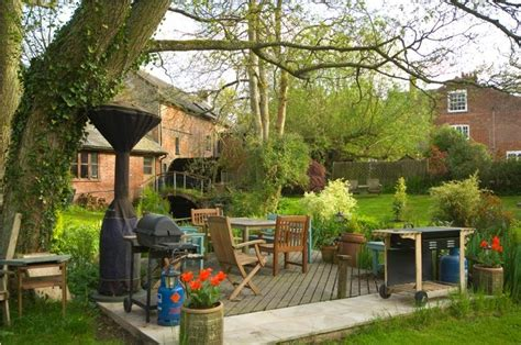 mid mill friendly cottage in the new forest sleeps 2