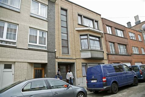 brussels appartments belgian authorities hunt brussels bombing suspect hamodia