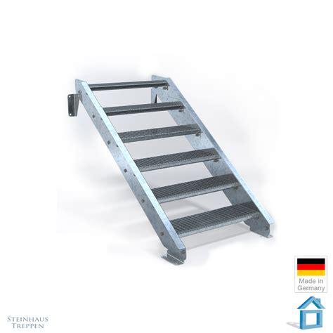 terrasse in 80 cm terrassen treppe stahl mit stufeneinlagen aus stahlgitter