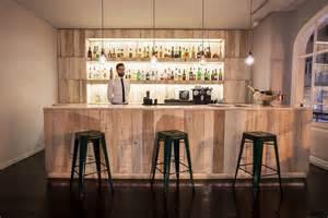 bar le le bastardo bar bar 224 lisbonne avec vue sur la place rossio