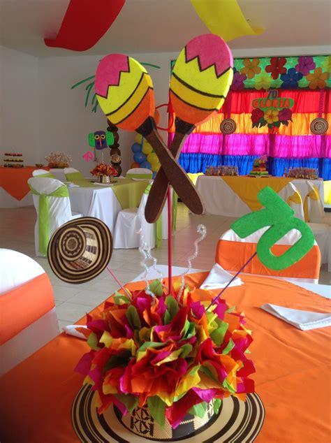 centros de mesa con sombreros maracas fiesta carnaval de barranquilla pinterest