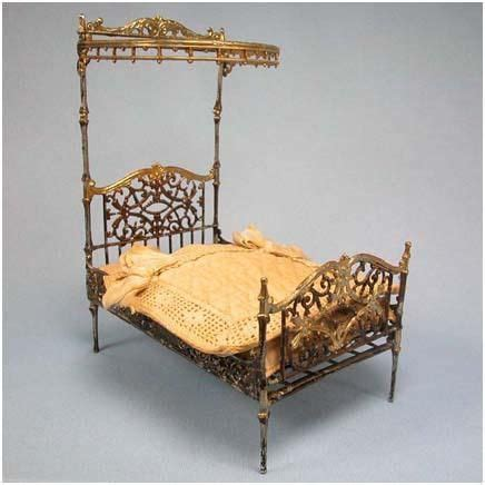 small doll house furniture 65 best my haunted doll house images on pinterest