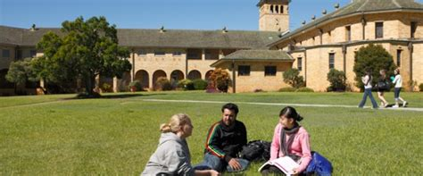 Deakin Mba Requirements by Deakin Scholarships For International Students