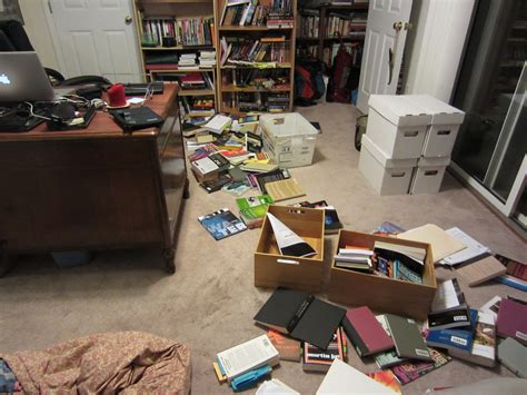 cluttered room a cluttered room is a sign of a cluttered mind gerry canavan