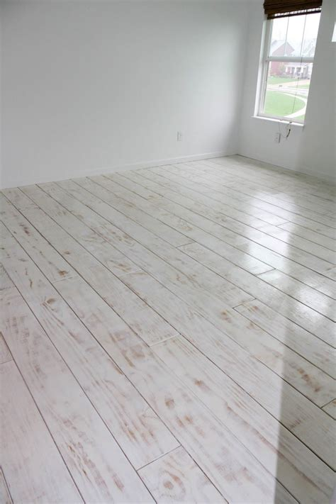.: DIY wide PLANKED FLOORS   plywood  bedroom for ~$200