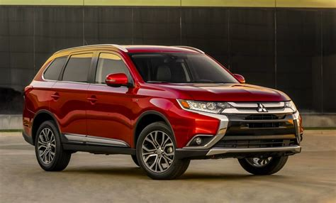 mitsubishi outlander 2016 new look 2016 mitsubishi outlander revealed performancedrive