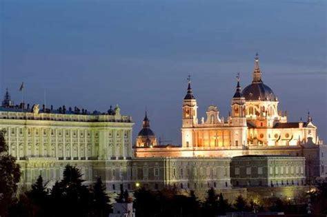 oficina informacion y turismo madrid que ver en badajoz provincia lugares y pueblos que visitar