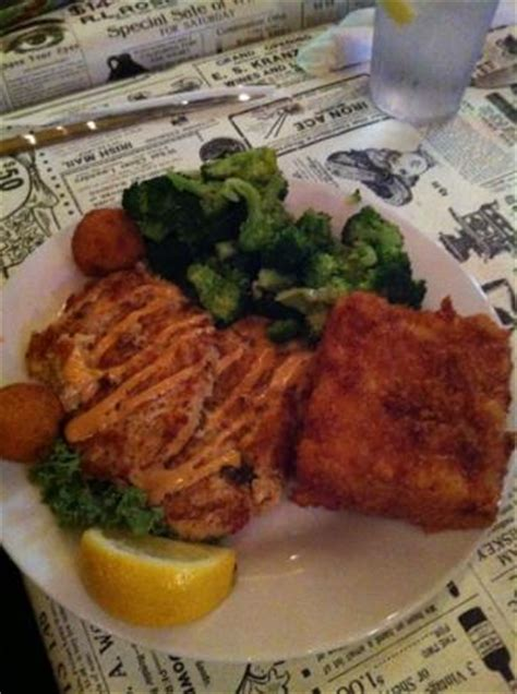 Palmetto Oyster House by Seafood Nachos Alligator Cheesecake Picture Of