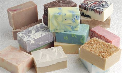 Make Handmade Soap - basics of soap and what goes into it draxis