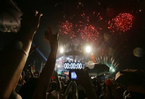 new year bank philippines list philippine holidays for 2016 headlines news the