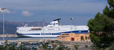 porto di genova traghetti traghetti genova arbatax compagnie e offerte 2018