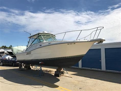 pursuit 3000 express used boats pursuit 3000 express boats for sale boats