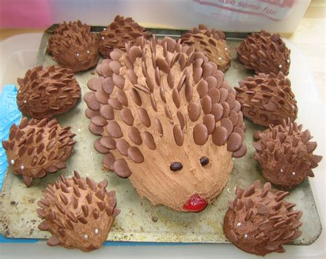 10 Best Cakes by The World S Top 10 Best Hedgehog Cakes Jackalfnath