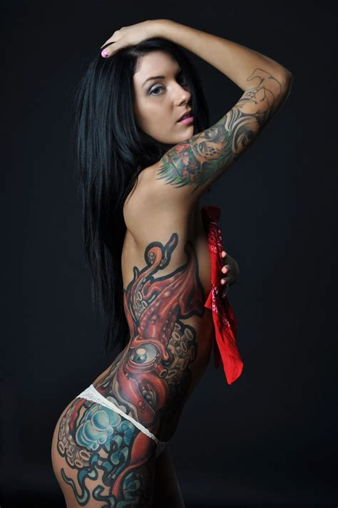 tattoo on hot body sexy tats tattoos ink inked girl woman tatts