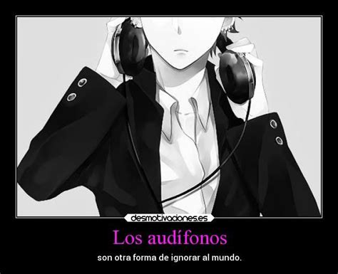 imagenes anime escuchando musica anime escuchando musica con audifonos triste buscar con
