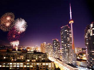 new year events toronto toronto new years fireworks events nathan phillips