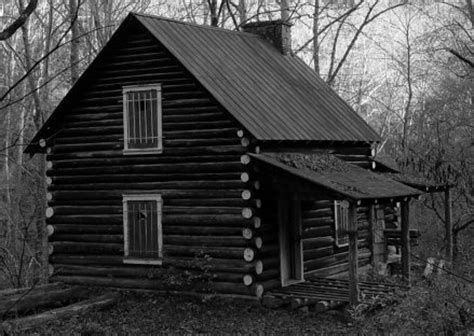 Haunted Cabins by Scary Pictures Haunted Cabin