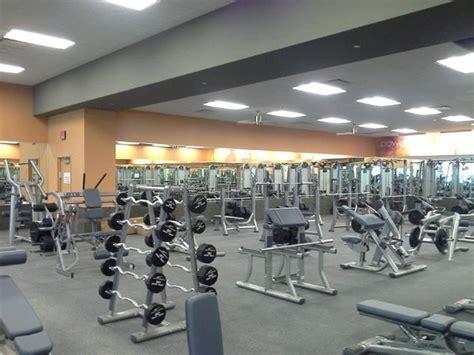 La Fitness Gift Card - statenisland lafitness weightroom legacy village