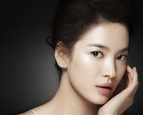 Song Hye Kyo And The Miss Song Limited Edition Bag by Song Hye Kyo Radiating Inner Soompi