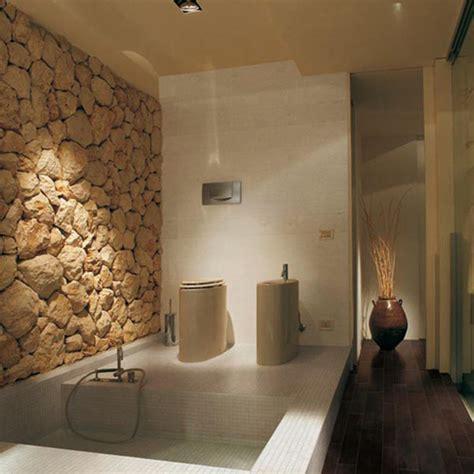 bagno con rivestimento in pietra arredare il bagno e la scelta dei materiali arredamento