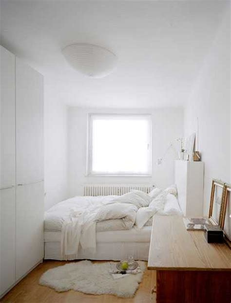 ideas for a small room 22 space saving bedroom ideas to maximize space in small rooms