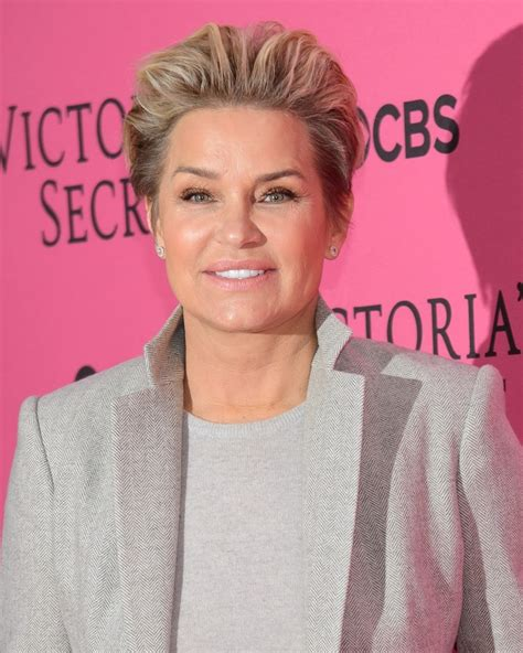 yolanda fosters short hairstyles 2015 yolanda hadid picture 42 2015 victoria s secret fashion