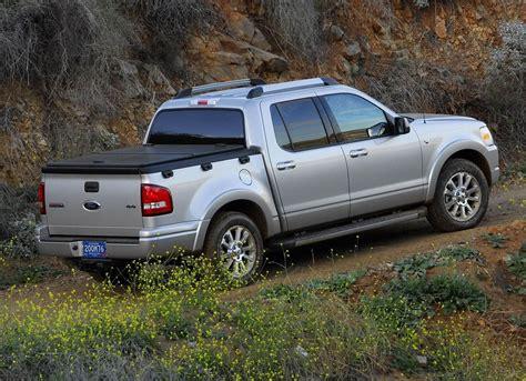 01 Ford Explorer by 2006 Ford Explorer Ford Explorer Sport Trac 2006 01 B